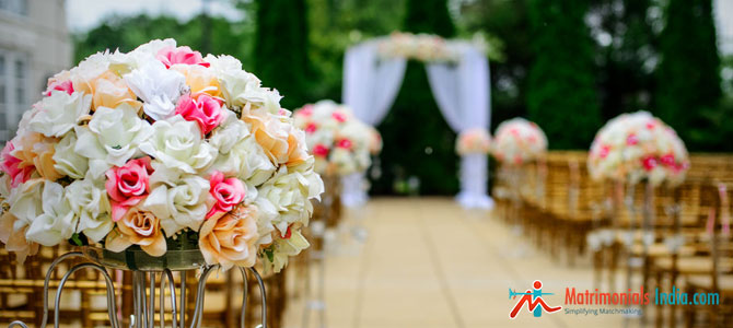 Choosing a Florist and Flowers for a Christian Wedding